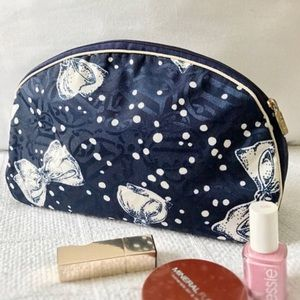 Dior Navy blue and white cosmetic case